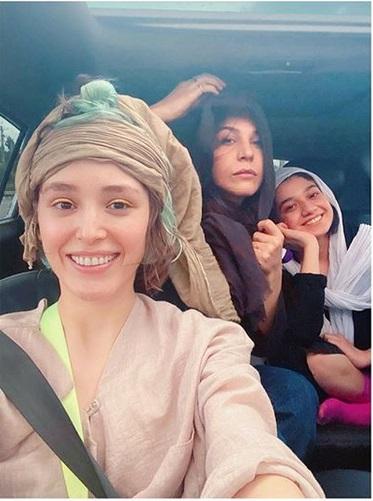 فرشته حسینی در ماشین