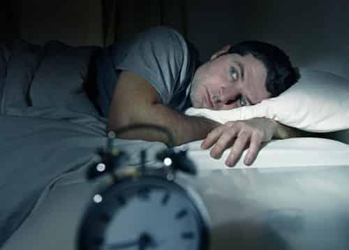 خوراکی های مفید برای درمان بیخوابی