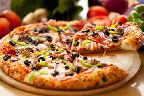طرز تهیه پیتزا بدون فر یا پیتزا تابه ای
