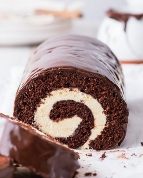 طرز تهیه رولت شکلاتی خوشمزه